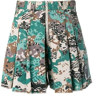 Diesel loose-fit camo shorts