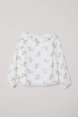 H&M Blouse with Ruffled Collar - White