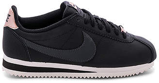 Nike Classic Cortez Leather Sneaker