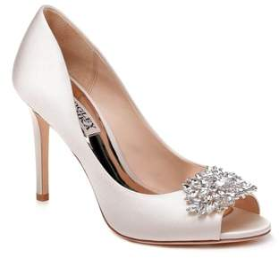 Badgley Mischka Paloma Pump