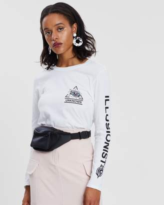 Missguided Unknown Eye Long Sleeve Graphic T-Shirt