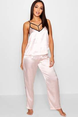 boohoo Daisy Ring & Strap Detail Cami & Trouser Set