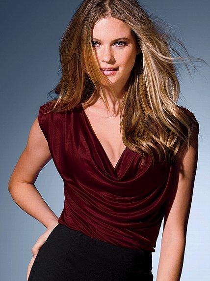 Victoria's Secret Off-the-shoulder Top
