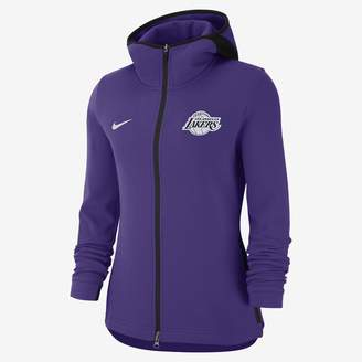 546d647c7 Nike Women s NBA Hoodie Los Angeles Lakers Dri-FIT Showtime
