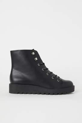 c41fe1c3c1fe H M Platform Boots - Black