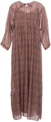 Caractere 3/4 length dresses