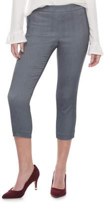 Elle Women's Pull-On Back Seam Capri Pants