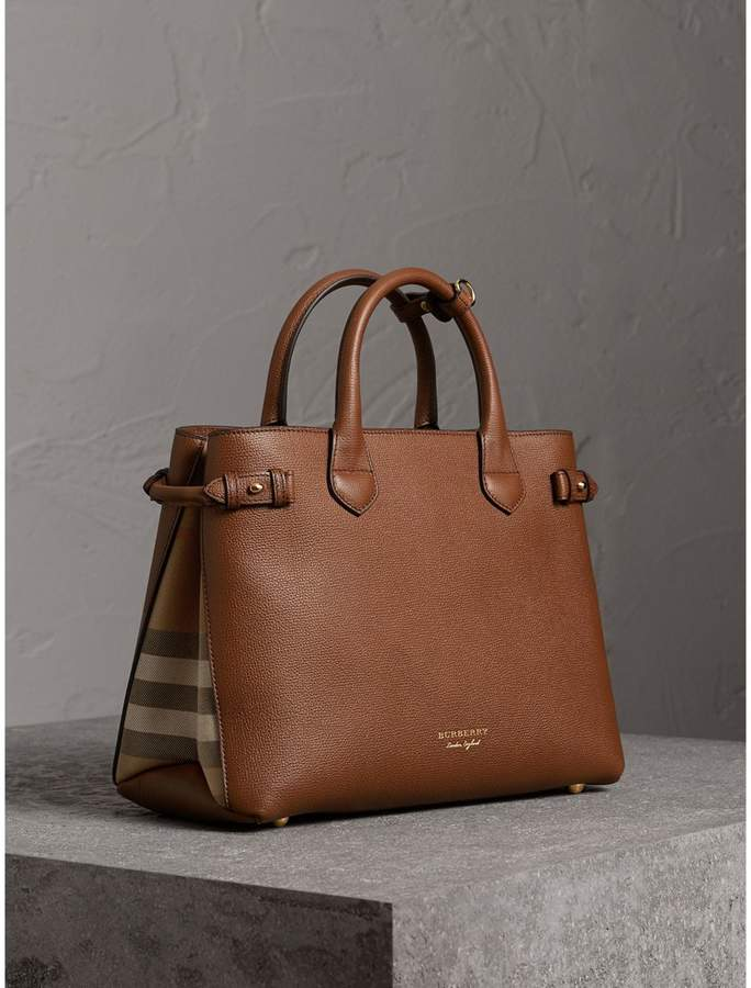 Burberry The Medium Banner in Leather and House Check a0555fbbb27
