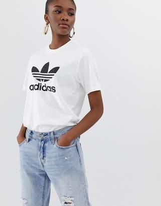 adidas adicolor Trefoil Oversized T-Shirt In White