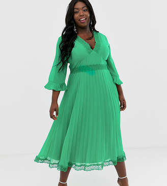 Asos DESIGN Curve pleated midi dress with lace inserts e9fe9af60
