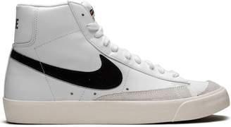 Nike Blazer Mid '77 VNTG high tops