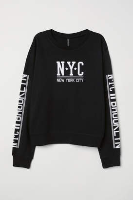 H&M Sweatshirt with Printed Design - Black