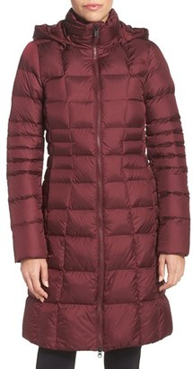 The North Face 'Metropolis II' Hooded Water Resistant Down Parka $289 thestylecure.com