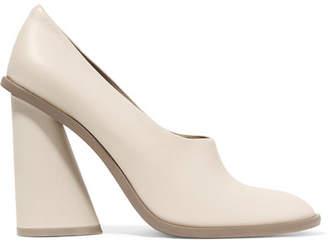 Mercedes Benz Castillo - Kana Leather Pumps - Cream