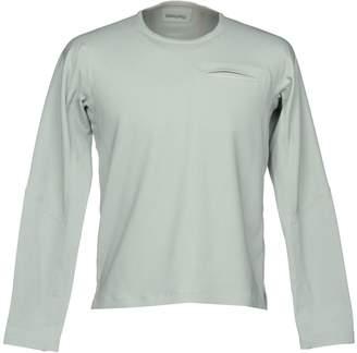 Descente T-shirts