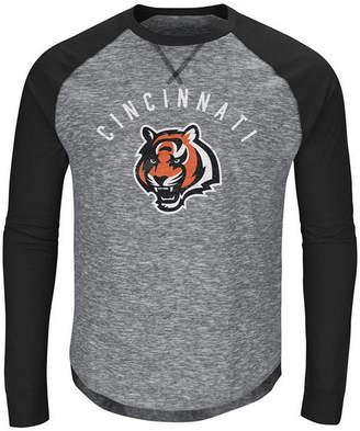 Majestic Men's Cincinnati Bengals Corner Blitz Raglan Long Sleeve T-Shirt