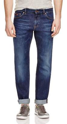 HUGO BOSS Maine Stretch Straight Fit Jeans in Indigo