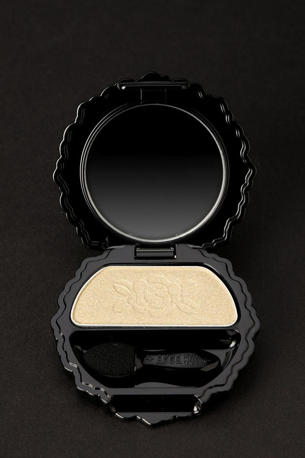 Anna Sui Eye Color Accents