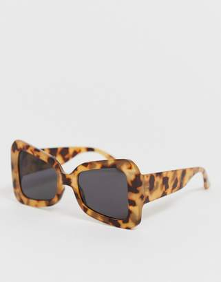 Asos Design DESIGN oversized 70's butterfly square sunglasses