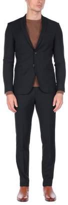 SIMBOLS Suit