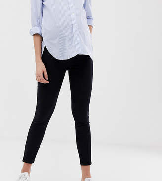 New Look Maternity over bump jeggings in black