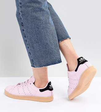 adidas Stan Smith Sneakers In Pink With Gum Sole