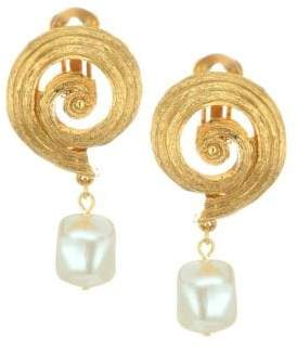 Oscar de la Renta Shell Imitation Pearl Post Earrings