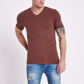 River Island Brown muscle fit V neck T-shirt