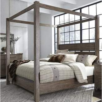 Clayton Gracie Oaks Canopy Bed