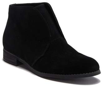 Blondo Verona Waterproof Leather Ankle Bootie