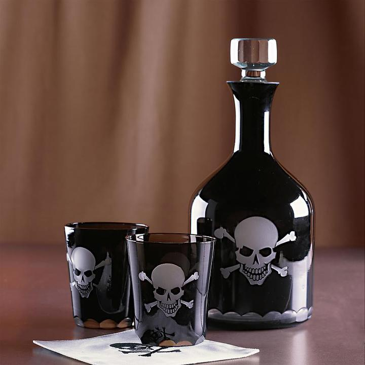 Skull Decanter and Glasses