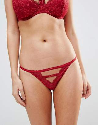 Pour Moi? Pour Moi Instinct Brazilian Brief
