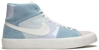 Nike Blazer Royal Easter OS sneakers