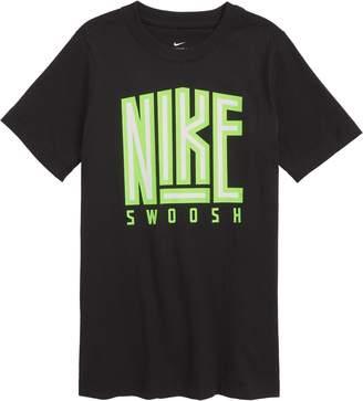 Nike Sportswear Flip Force Graphic T-Shirt