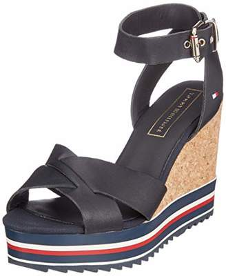 74dde31d3 Tommy Hilfiger Women s Colored Stripes Wedge Sandal Platform