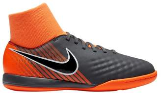 Nike Jr. Magista ObraX II Academy Dynamic Fit Little/Big Kids' Indoor/Court Soccer Shoe