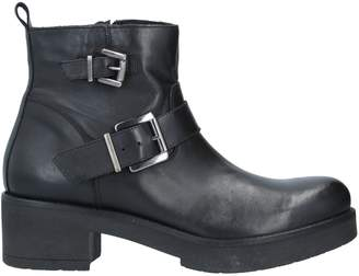 Geste Proposition Ankle boots - Item 11726723QE
