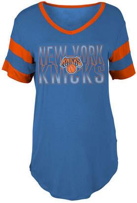 5th & Ocean Women's New York Knicks Hang Time Glitter T-Shirt