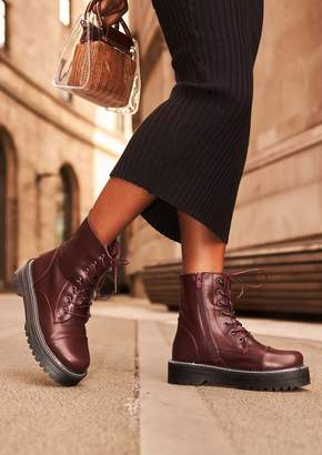 c23e6ca05dbae Missy Empire Tamia Wine Faux Leather Chunky Lace Up Boots