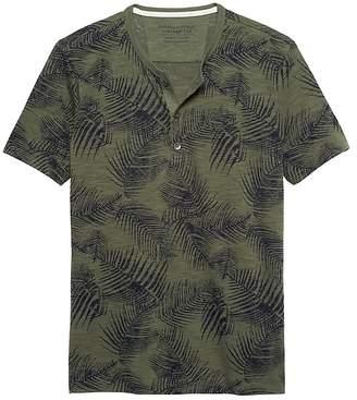 Banana Republic Vintage Henley T-Shirt