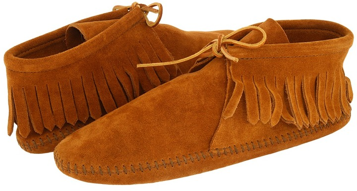 Minnetonka - Classic Fringed Boot Softsole (Brown Suede) - Footwear