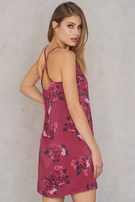 Qontrast X Na Kd Cross Back Satin Dress Flower
