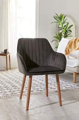 Beatrice Tufted Chair