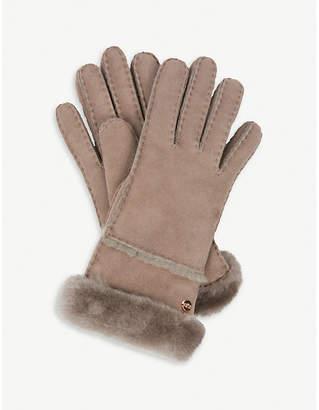 UGG Turned-up sheepskin gloves