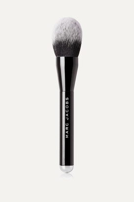 Marc Jacobs Beauty - The Bronze Bronzer Brush - one size