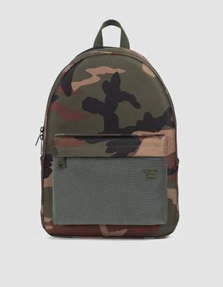 Herschel Winlaw X-Large Studio Backpack in Woodland Camo