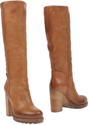 VIC Boots - Item 11225011WB