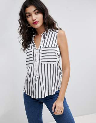 Vero Moda Sleeveless Shirt