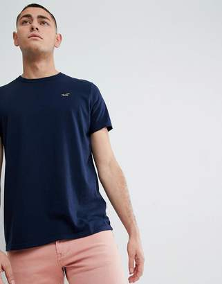 Hollister Core Crew Neck T-Shirt Seagull Logo in Navy