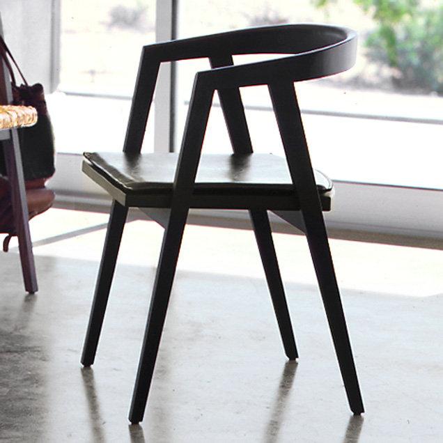 Round Back Chair + Cushion